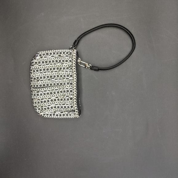 Express chain wristlet